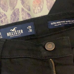Brand new black Hollister super skinny jeans